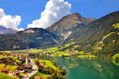 瑞士为什么那么富?