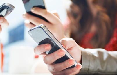 手机到底要不要经常更新系统软件呢?
